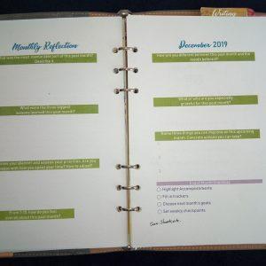 Binder planner monthly reflection spread